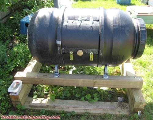 Compost Tumbler Vermicomposting