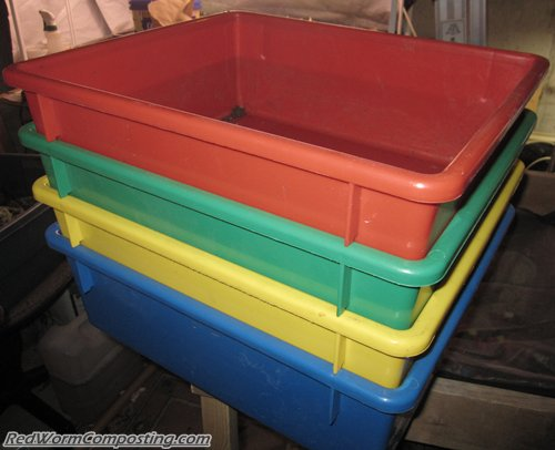 Nesting Plastic Trays